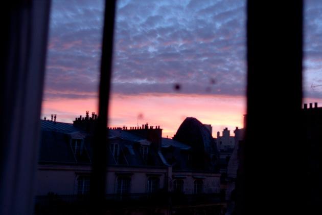 pink Fenêtre jaune